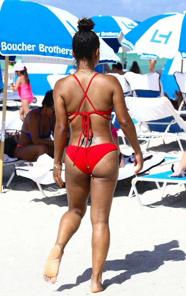 Christina Milian Wears a Red Bikini at the Beach in Miami-4