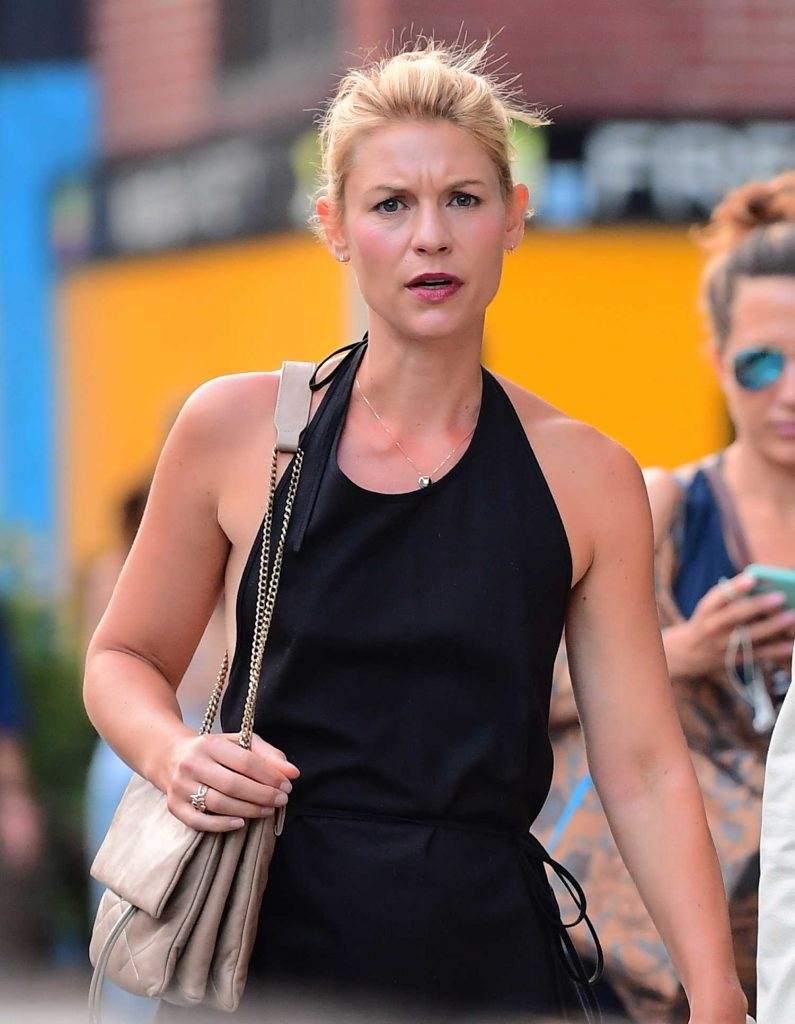Claire Danes Was Seen Out in New York-1