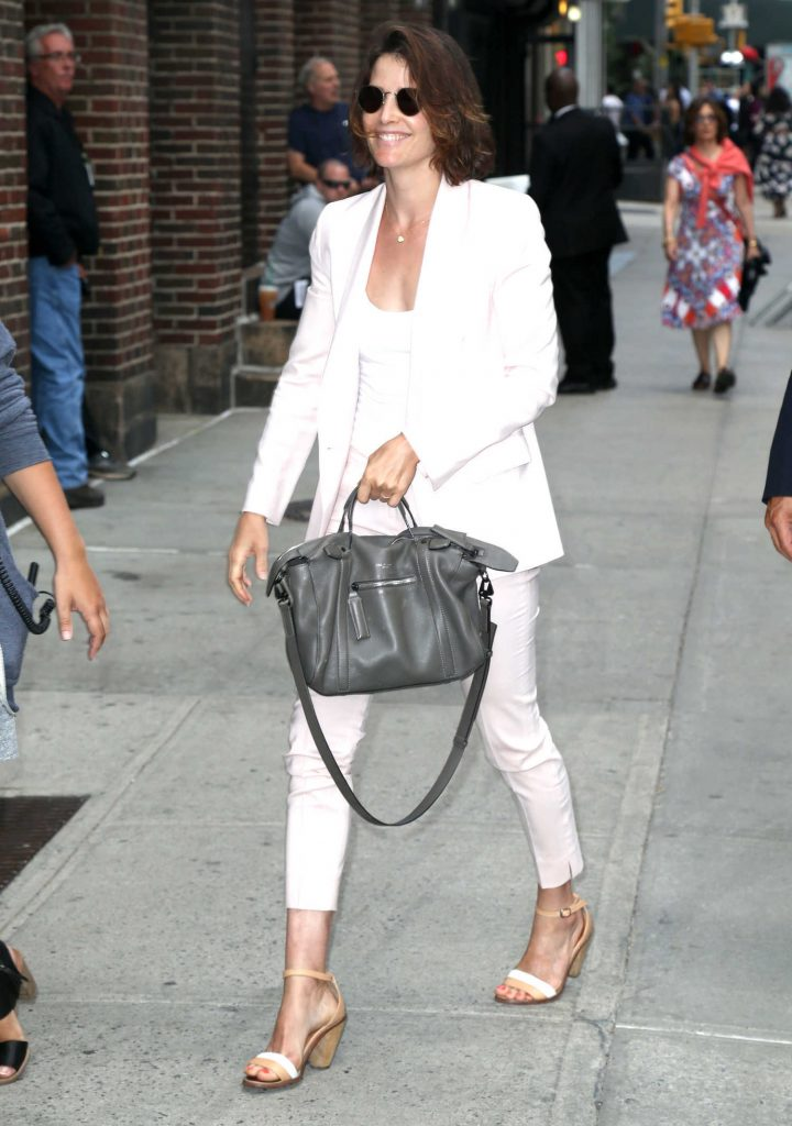 Cobie Smulders Arrives at The Late Show With Stephen Colbert in New York City-3