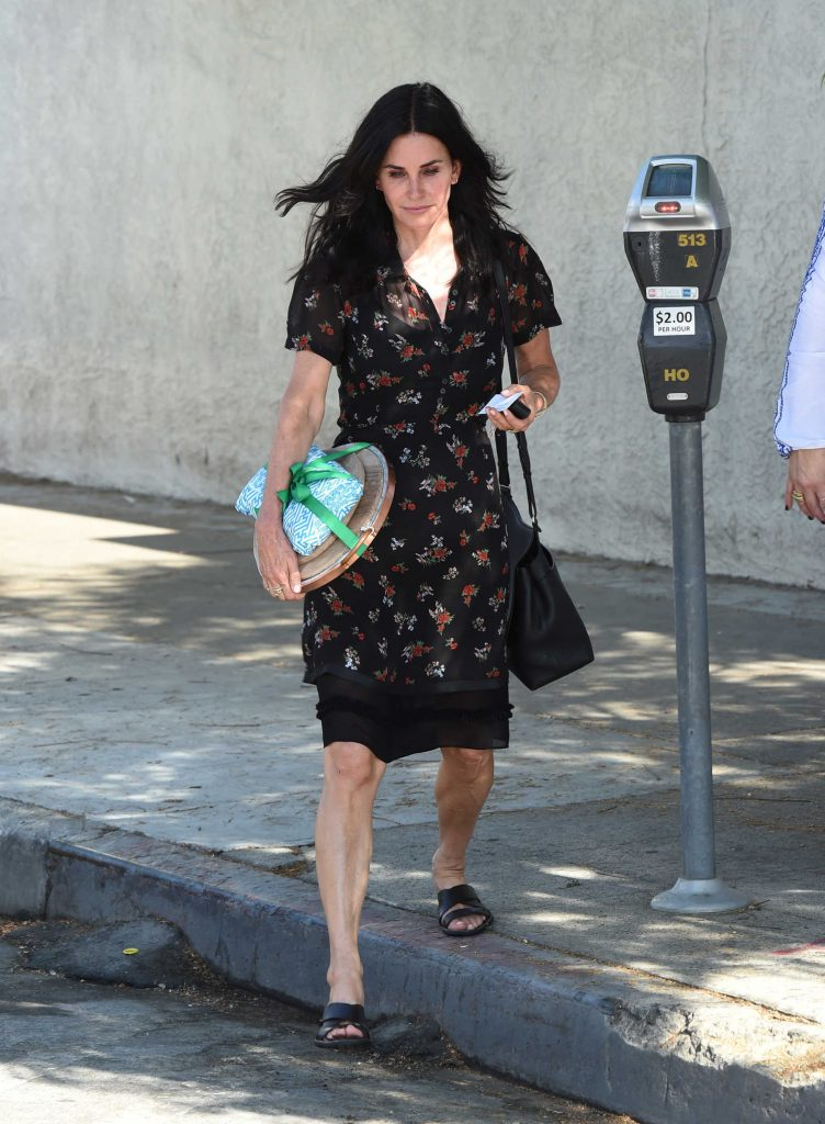 Courteney Cox Was Seen Out in Hollywood-2