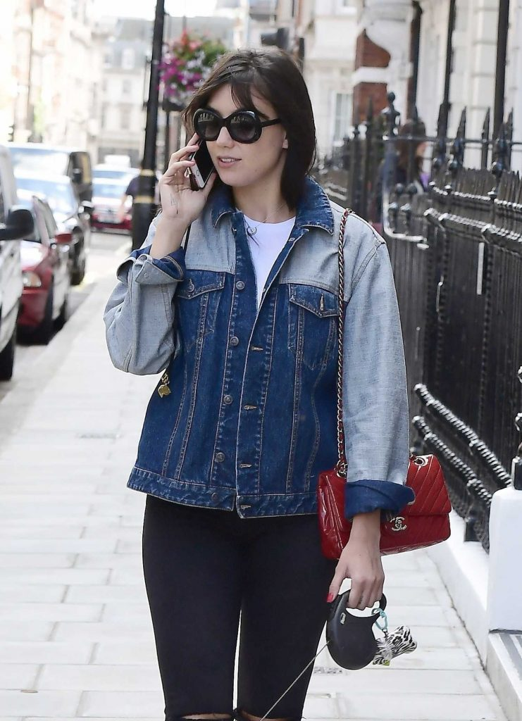 Daisy Lowe Walks Her Dog in London-3