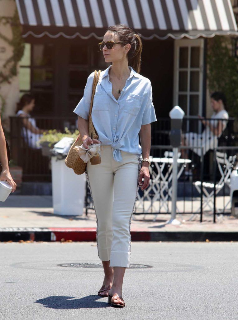Jordana Brewster Was Seen Out in Los Angeles-5
