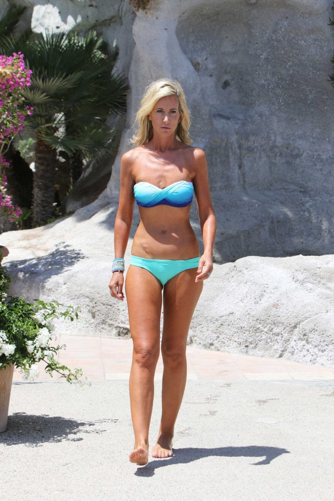 Lady Victoria Hervey in a Bikini at the Beach in Naples-1