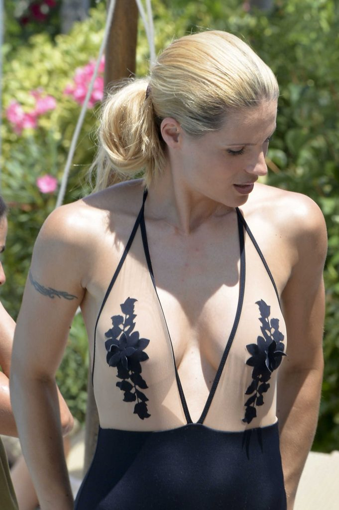 Michelle Hunziker Wears a Swimsuit in Milano Marittima, Italy-1