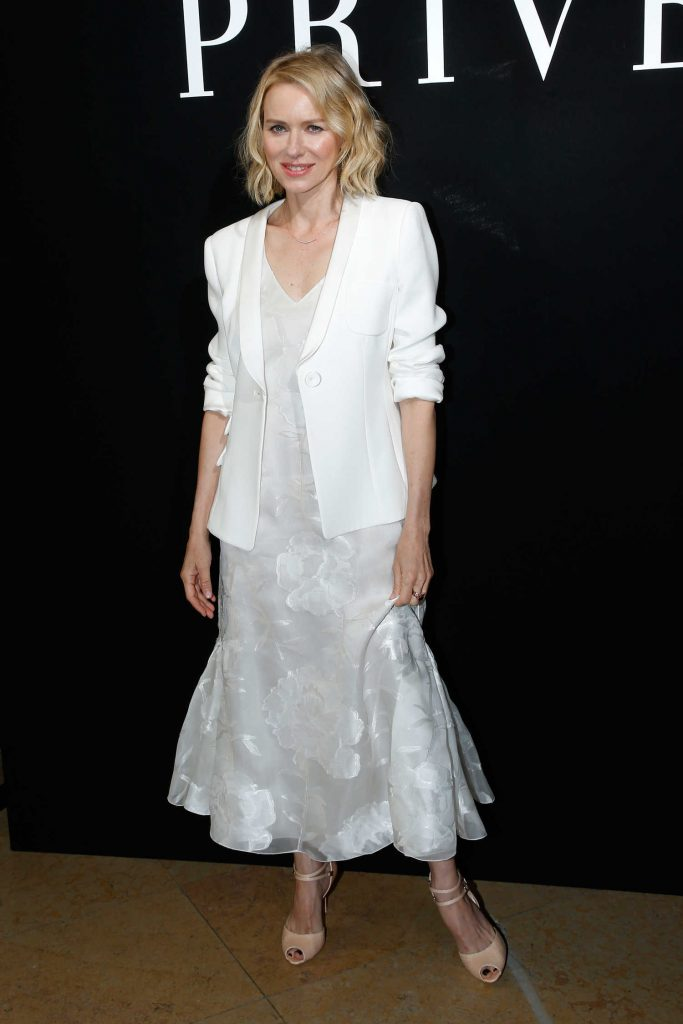 Naomi Watts Attends the Giorgio Armani Prive Show During the Haute Couture Fashion Week in Paris-1