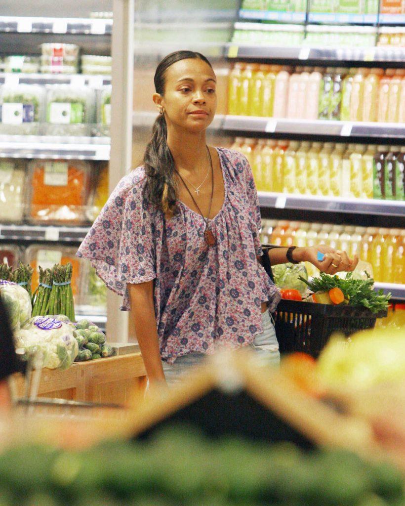 Zoe Saldana Goes Shopping in Beverly Hills, CA-3
