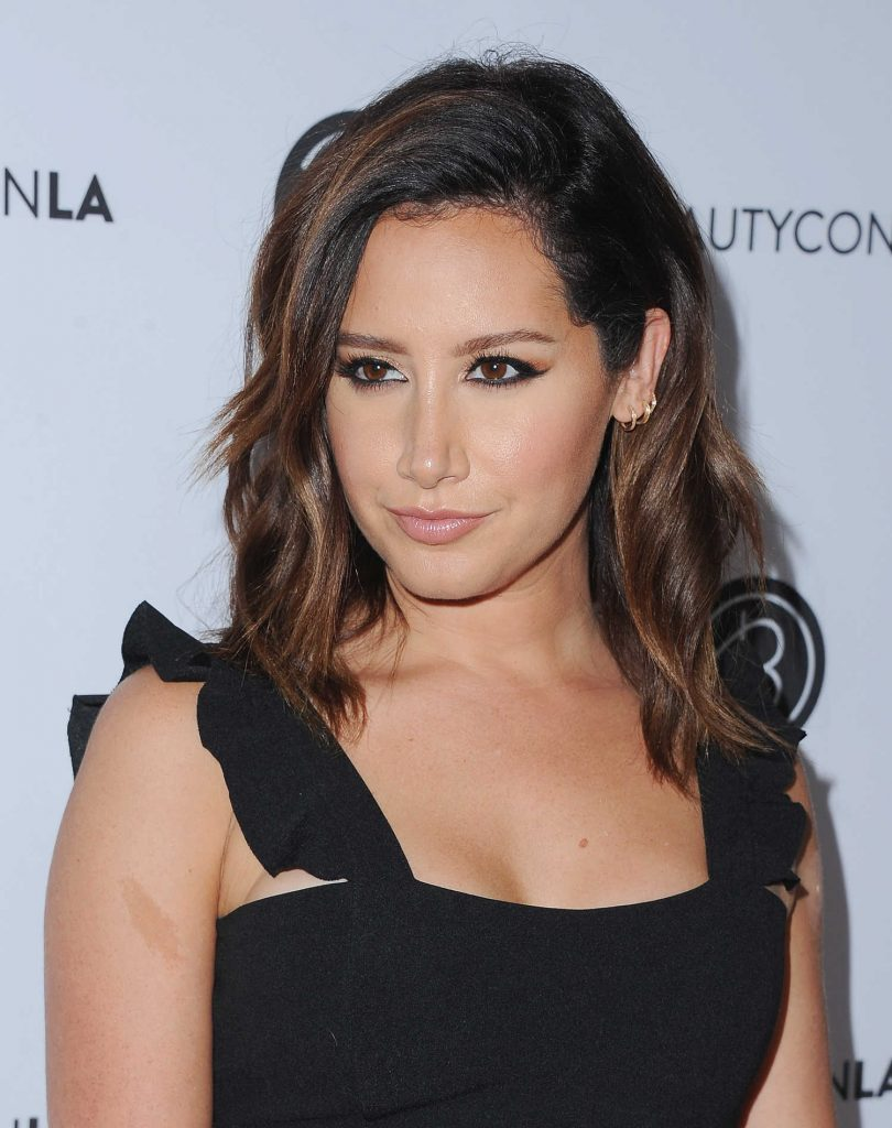 Ashley Tisdale at the 5th Annual BeautyCon Festival Los Angeles-5