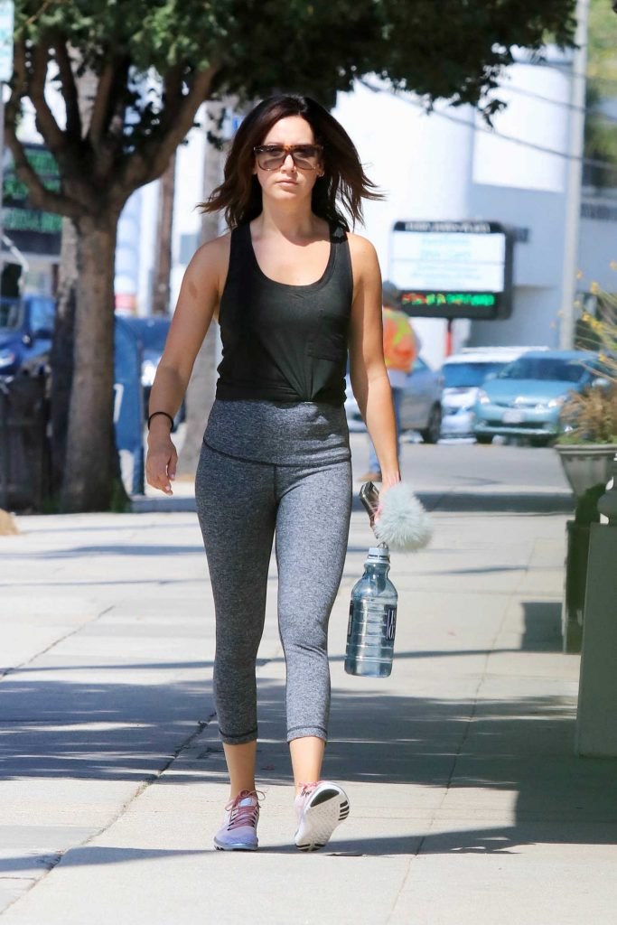 Ashley Tisdale Hits the Gym in Los Angeles-1