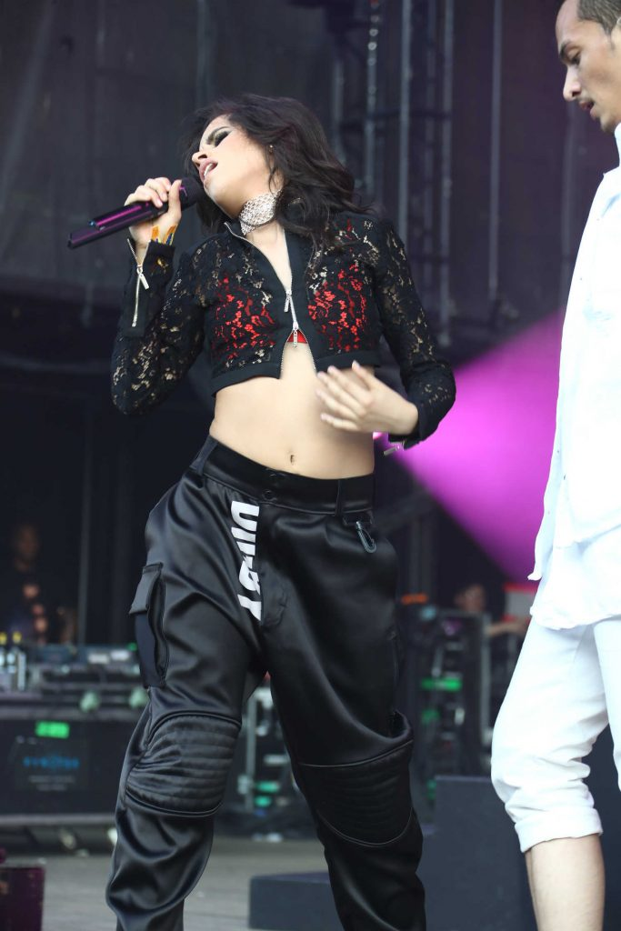 Camila Cabello Performs at 2017 Billboard Hot 100 Festival in Wantagh-2