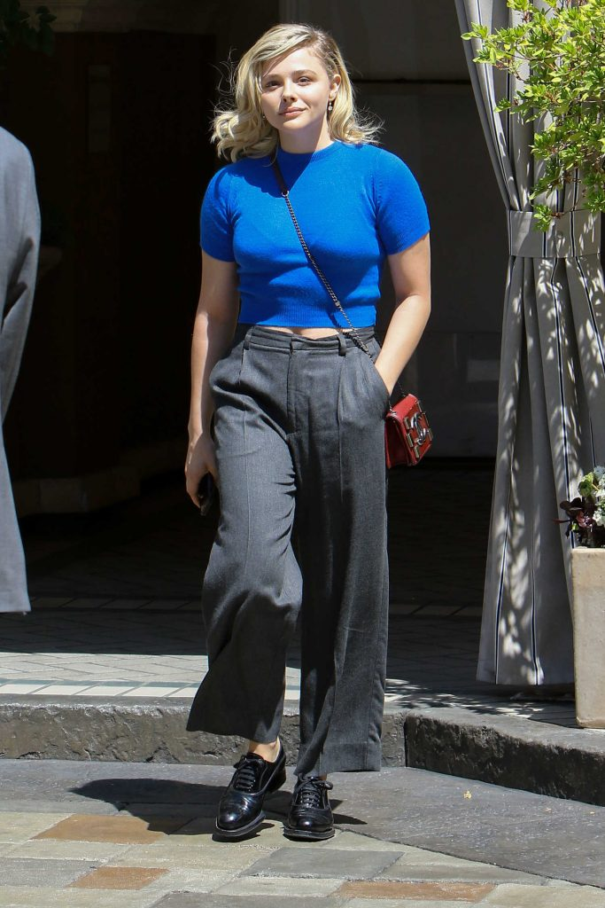 Chloe Moretz Arrives at the Four Season Hotel in West Hollywood-4