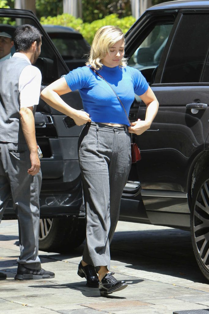 Chloe Moretz Arrives at the Four Season Hotel in West Hollywood-5