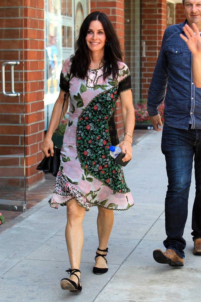 Courteney Cox Was Spotted Out in Beverly Hills-1
