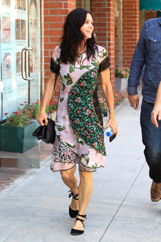 Courteney Cox Was Spotted Out in Beverly Hills-2