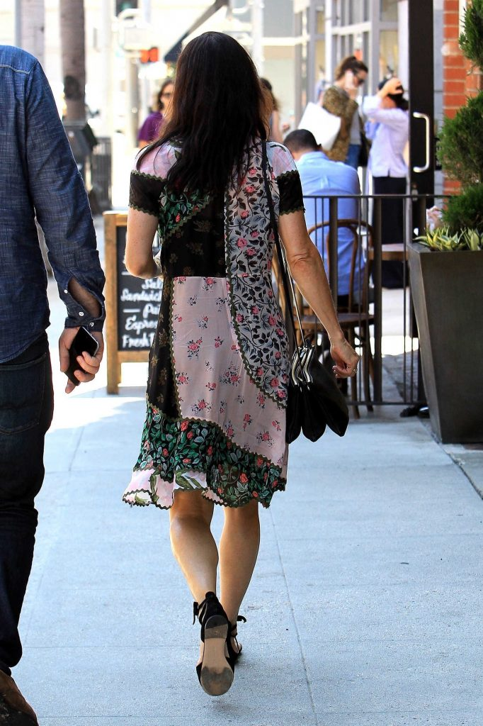 Courteney Cox Was Spotted Out in Beverly Hills-4