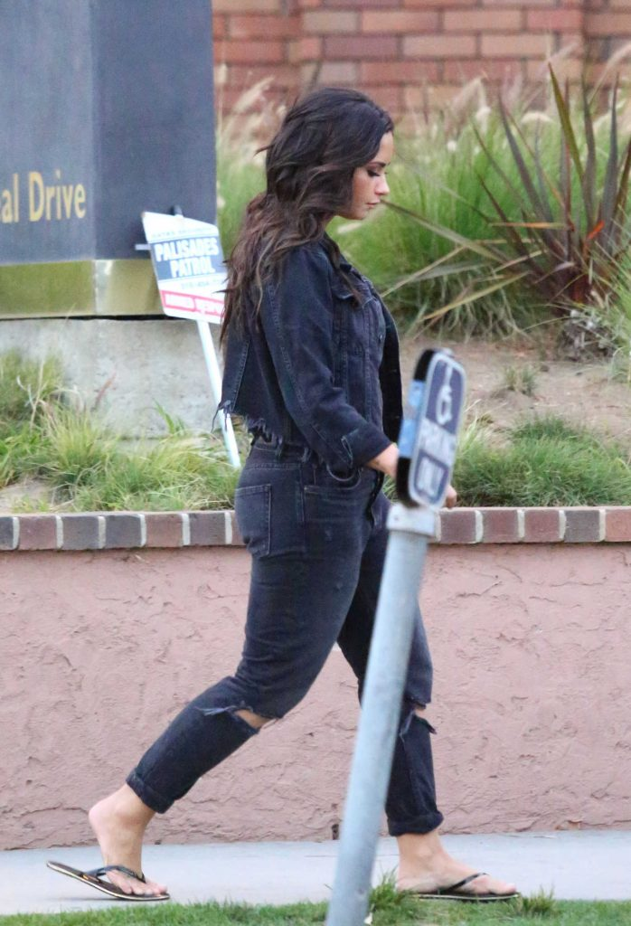 Demi Lovato Was Spotted Out in LA-4