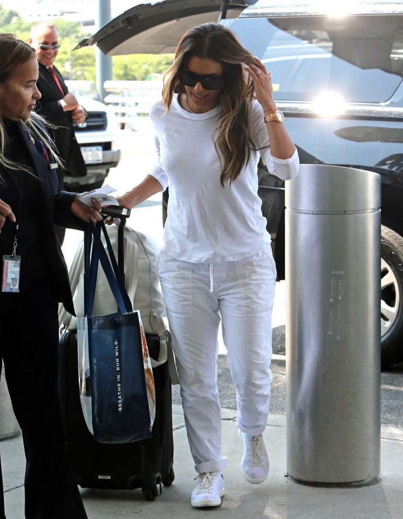 Eva Longoria Was Seen at JFK Airport in New York-1