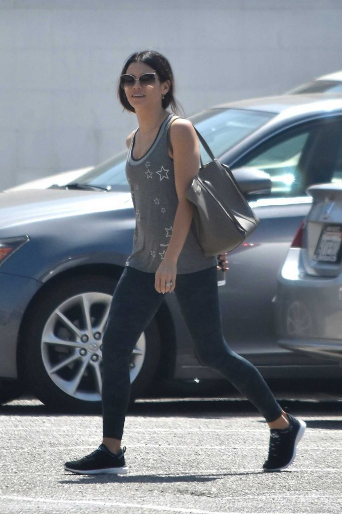 Jenna Dewan Hits up the Gym in West Hollywood-1