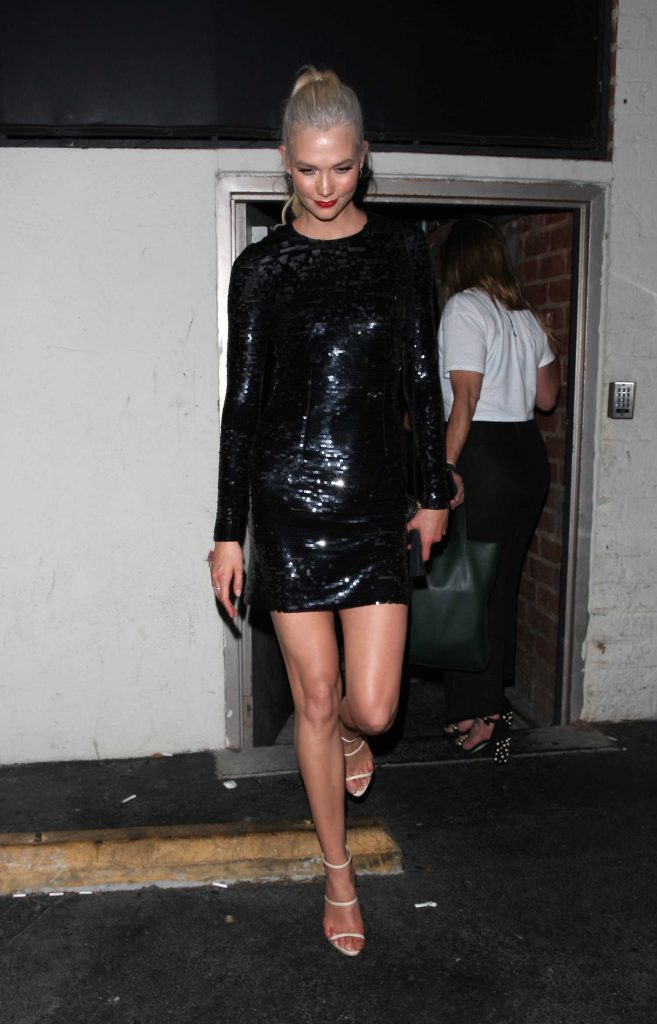 Karlie Kloss Celebrates Her 25th Birthday at the Delilah Club in West Hollywood-1