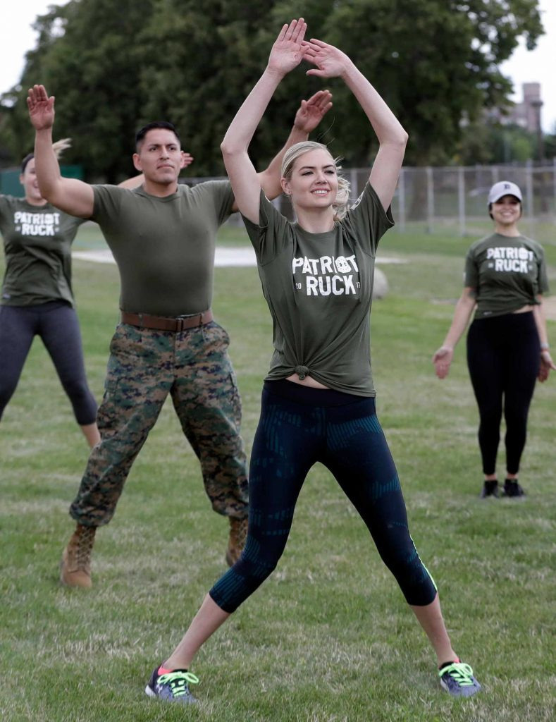 Kate Upton Takes Part in a Marine Workout in Detroit-4