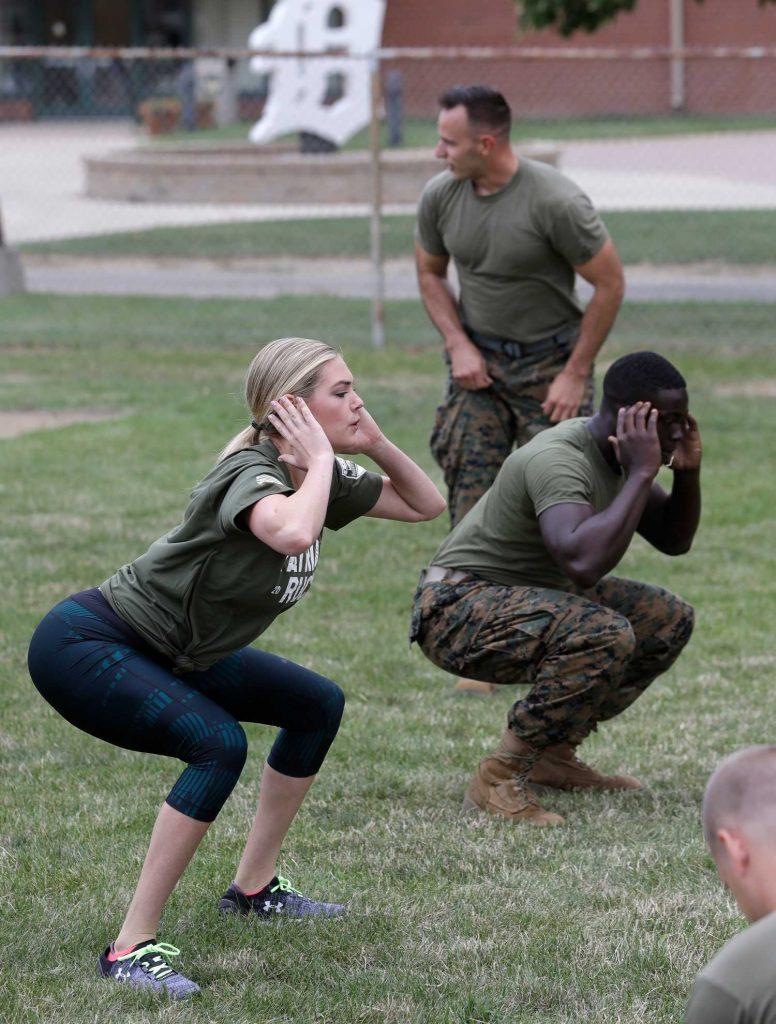 Kate Upton Takes Part in a Marine Workout in Detroit-5
