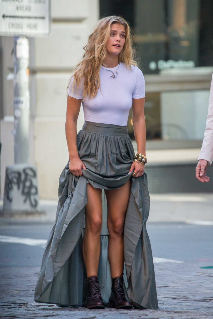 Nina Agdal Was Seen at a Photoshoot in NYC With Singer Tyson Ritter-1