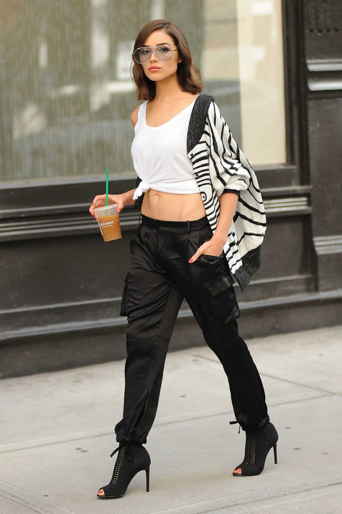 Olivia Culpo Leaves a Photo Shoot for DSW in NYC-2