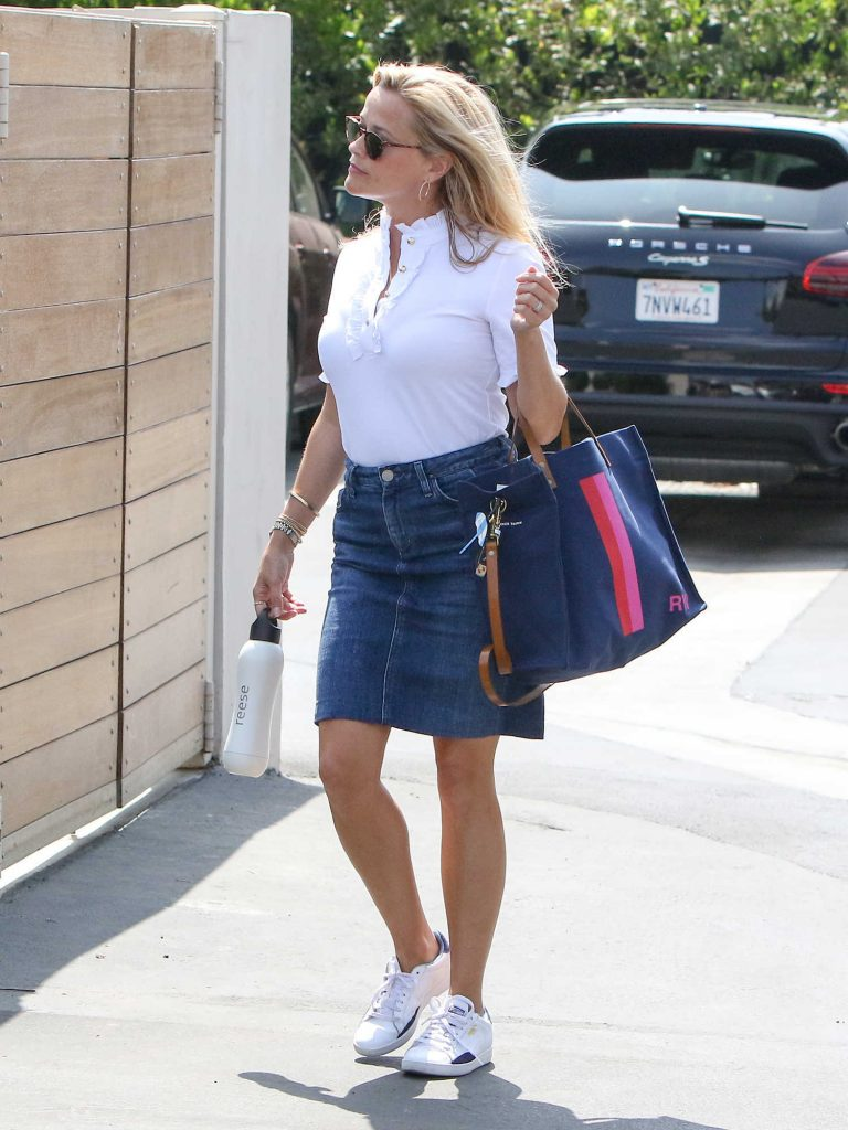 Reese Witherspoon Was Seen Out in LA-3