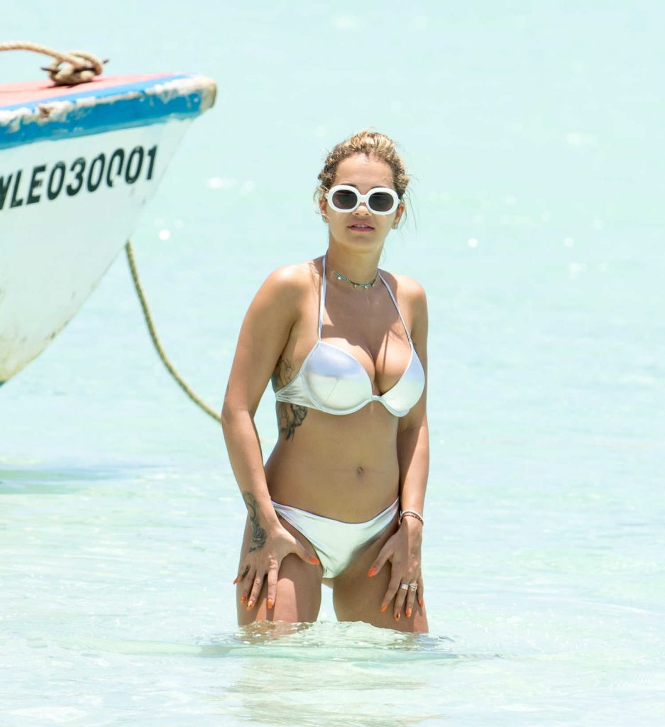 Rita Ora in Bikini Goes for a Boat Trip in Jamaica-1