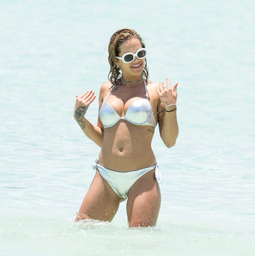 Rita Ora in Bikini Goes for a Boat Trip in Jamaica-3