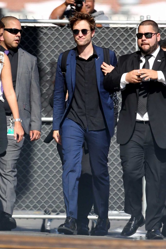 Robert Pattinson Arrives at Jimmy Kimmel Live in Hollywood-2