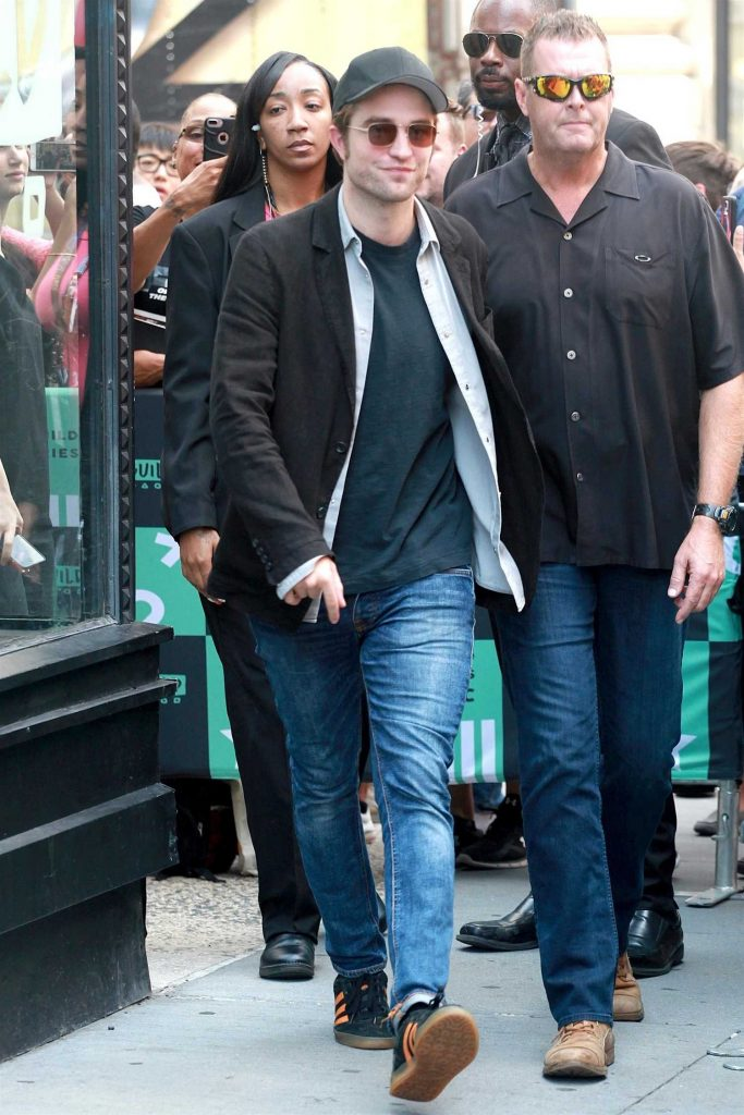 Robert Pattinson Leaves AOL Build Studio in New York City-1