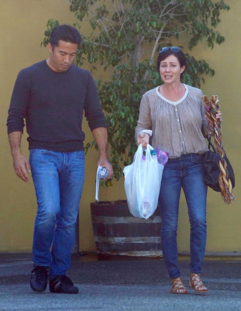 Shannen Doherty Goes Shopping in Sherman Oaks-5