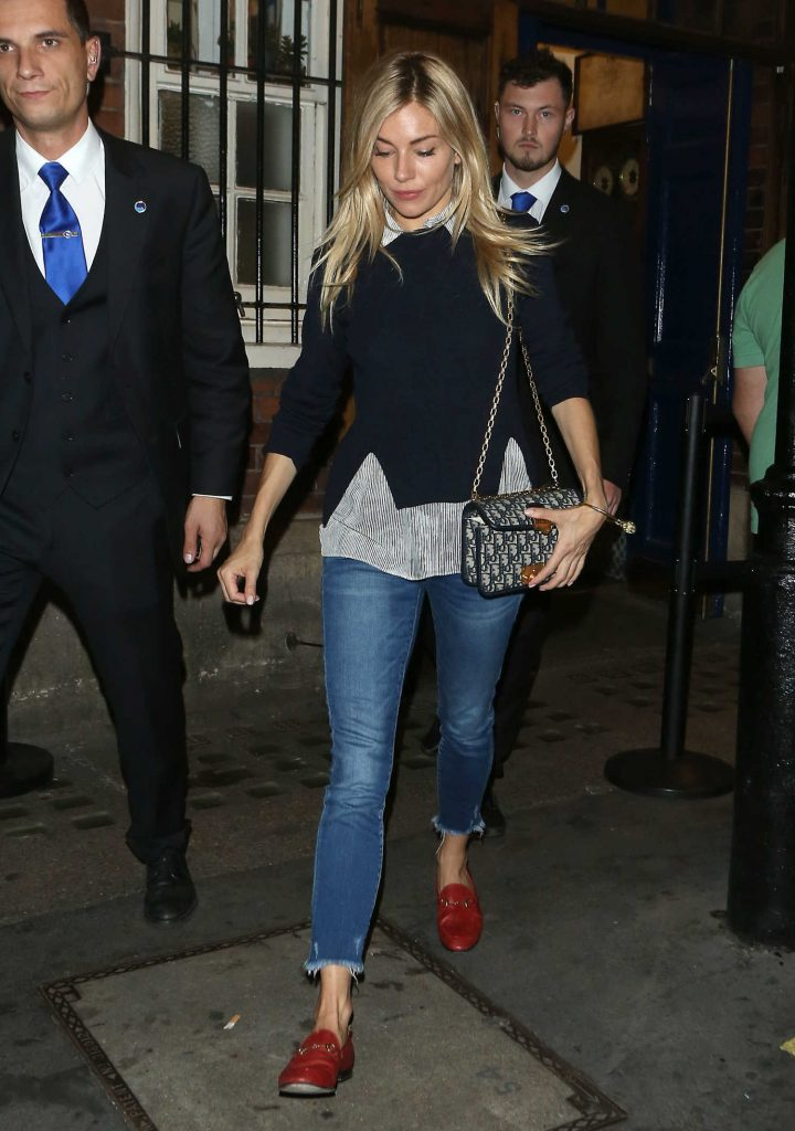 Sienna Miller Leaves Apollo Theatre in London After Her Performance in Cat on a Hot Tin Roof-1