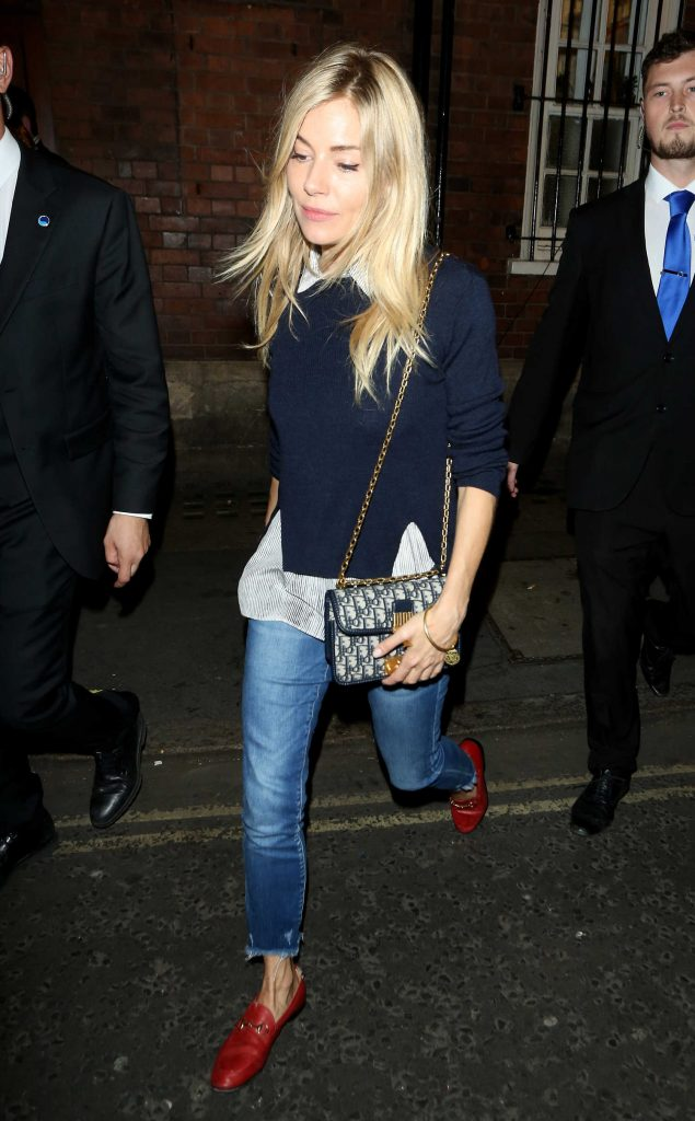 Sienna Miller Leaves Apollo Theatre in London After Her Performance in Cat on a Hot Tin Roof-4