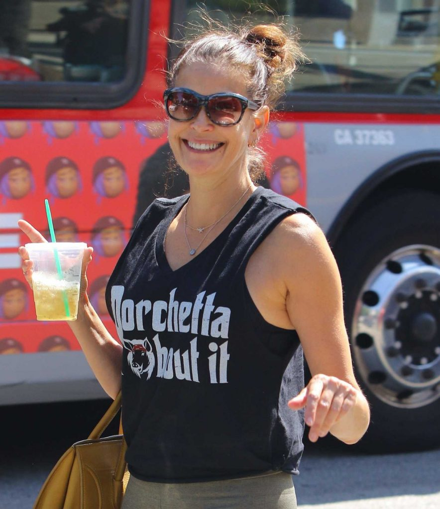 Teri Hatcher Was Seen Out in Los Angeles-3