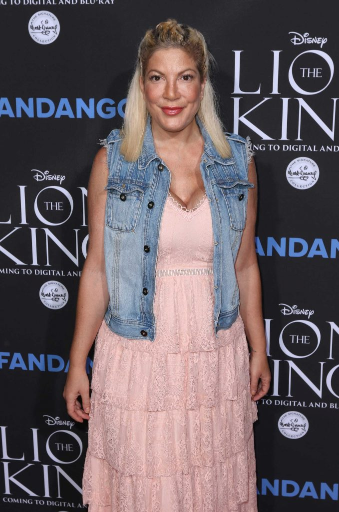 Tori Spelling at The Lion King Sing-Along in Los Angeles-3