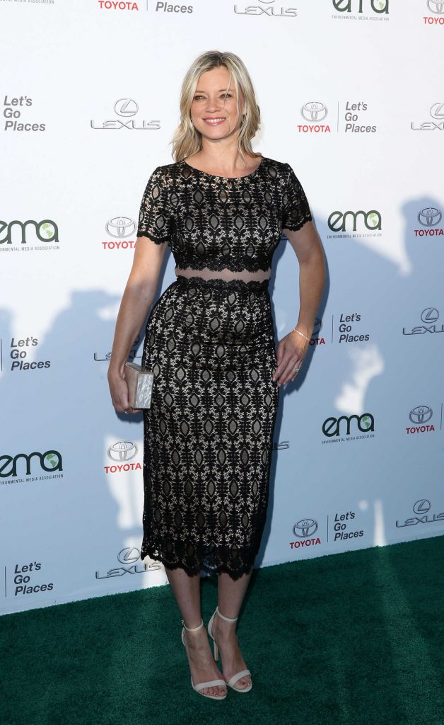 Amy Smart at the Environmental Media Association Awards in Los Angeles-1