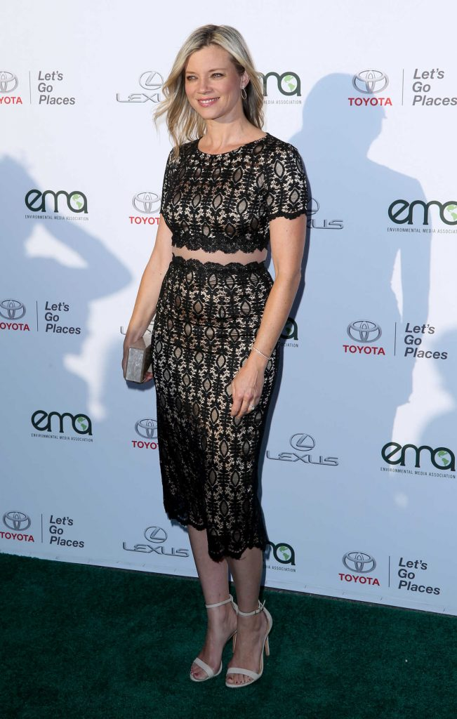 Amy Smart at the Environmental Media Association Awards in Los Angeles-2