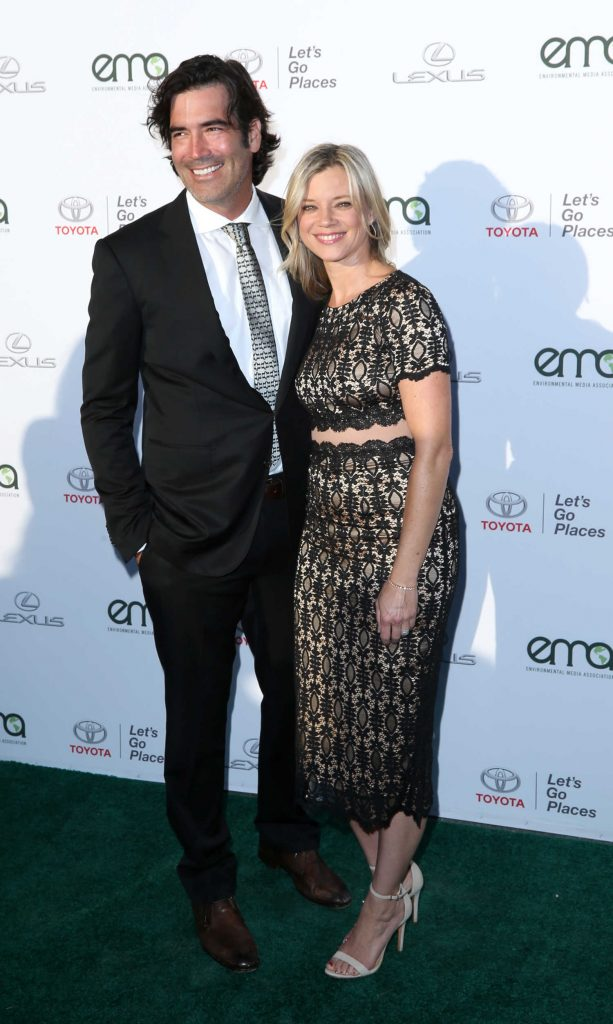 Amy Smart at the Environmental Media Association Awards in Los Angeles-3