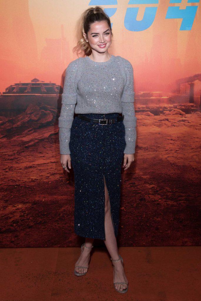 Ana de Armas at the Blade Runner 2049 Photocall in Paris-1