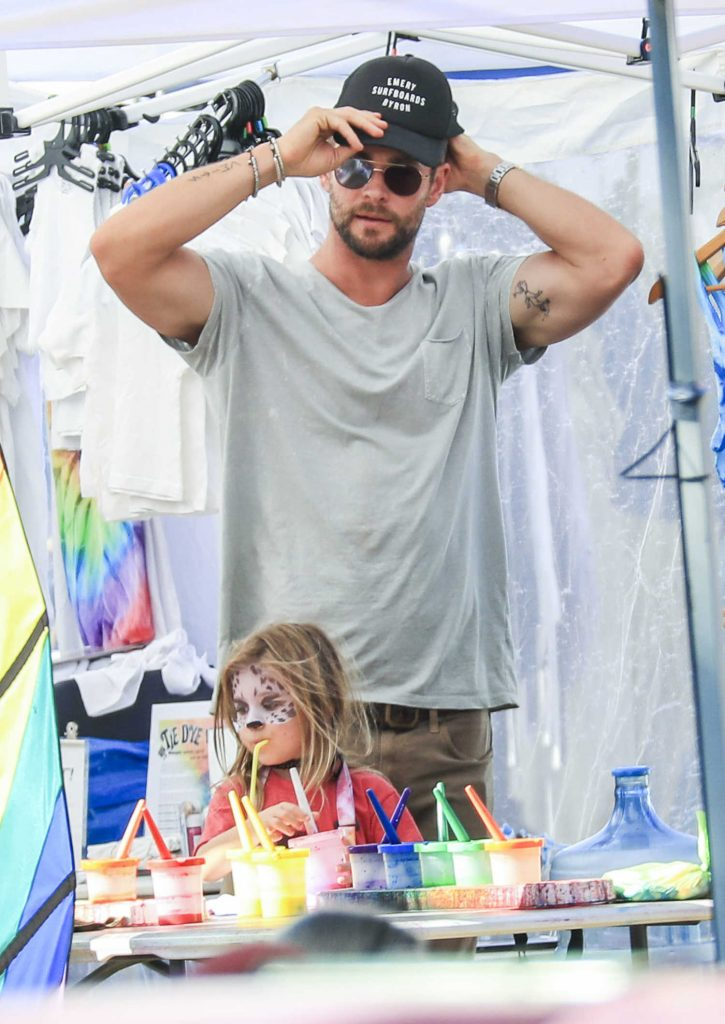 Chris Hemsworth Celebrates Father's Day in Australia With His Family-1