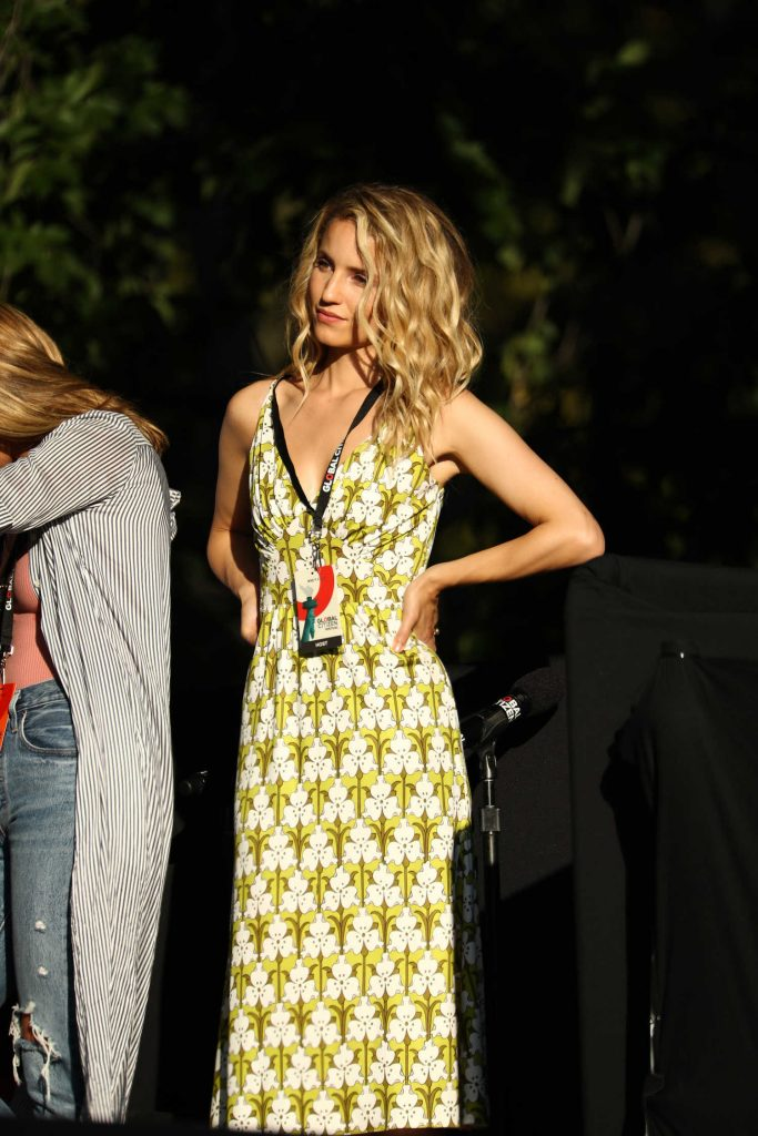 Dianna Agron Speaks on Stage During Global Citizen Festival at Central Park in NYC-4