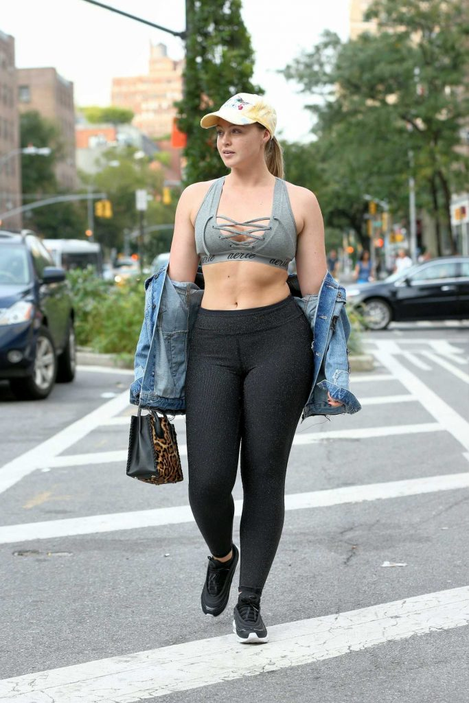 Iskra Lawrence Walks to the Gym in Chelsea in New York City-3