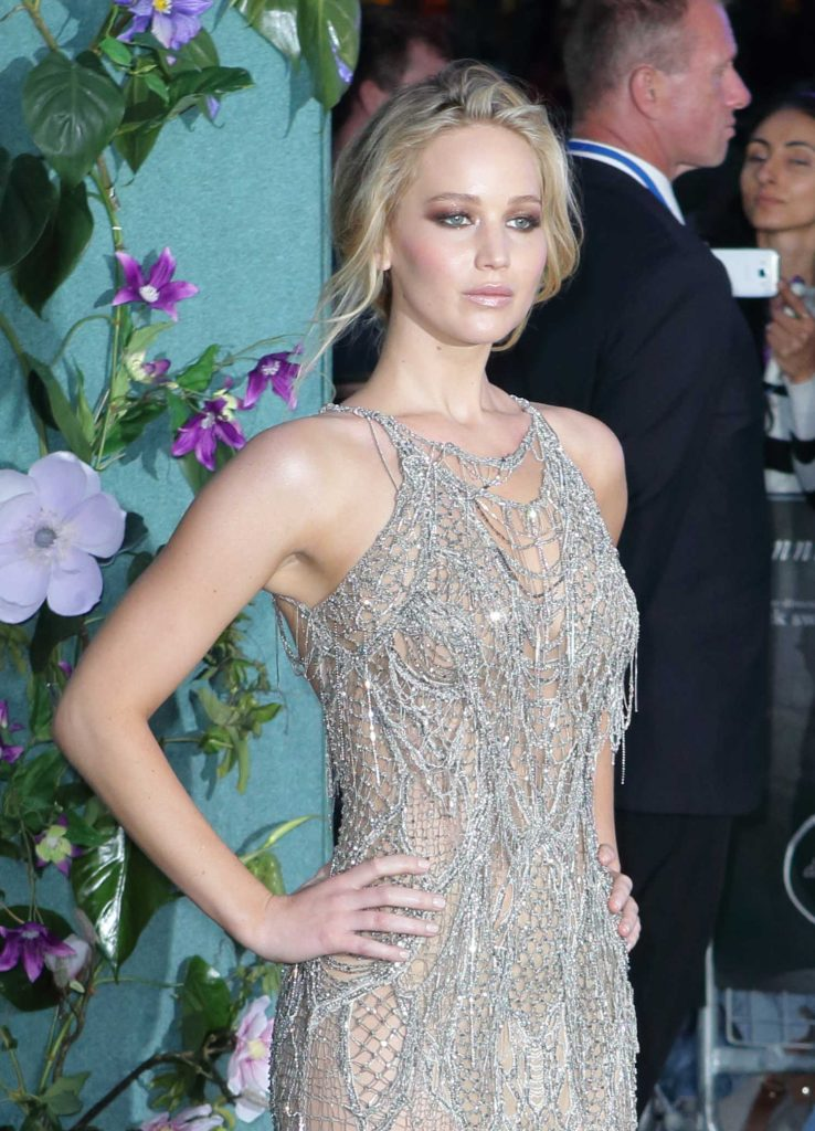 Jennifer Lawrence at Mother Premiere in London-4