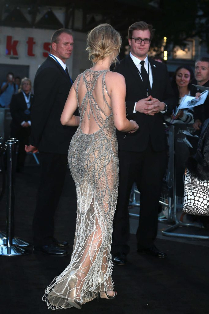 Jennifer Lawrence at Mother Premiere in London-5