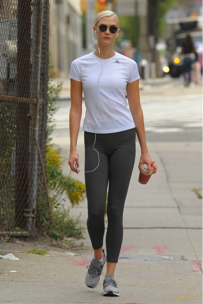 Karlie Kloss Hits the Gym in NYC-2
