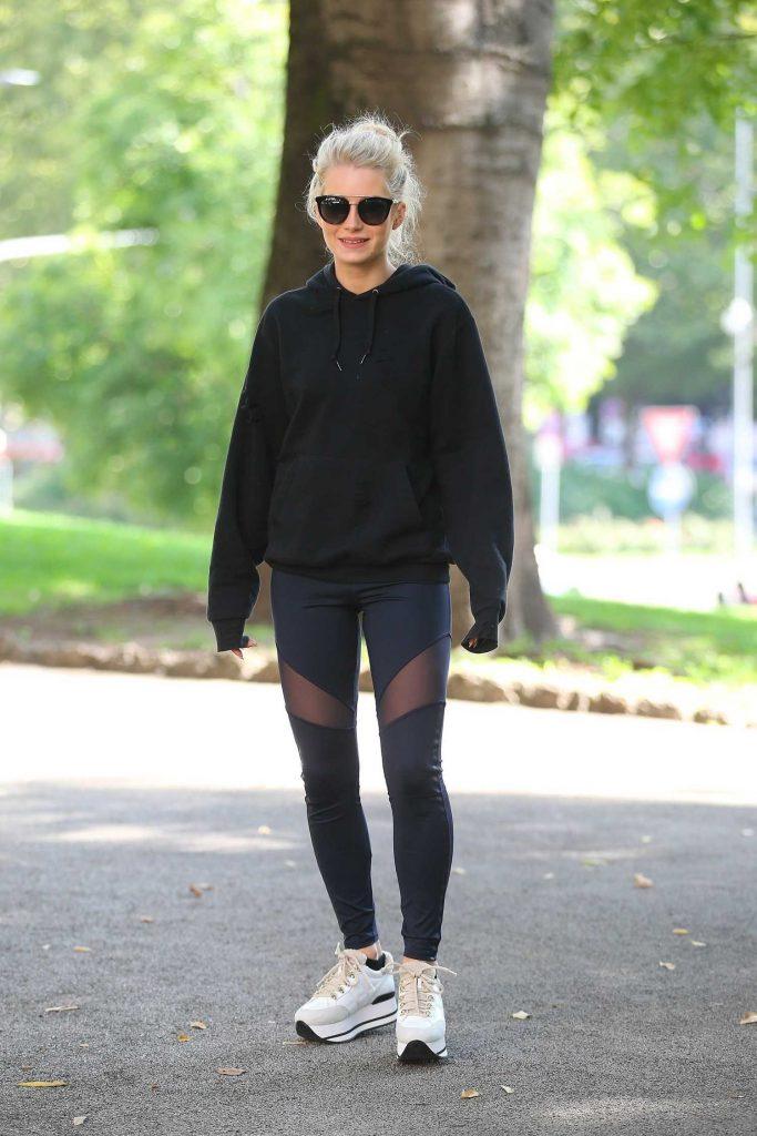 Lottie Moss Was Seen Out in Milan-1