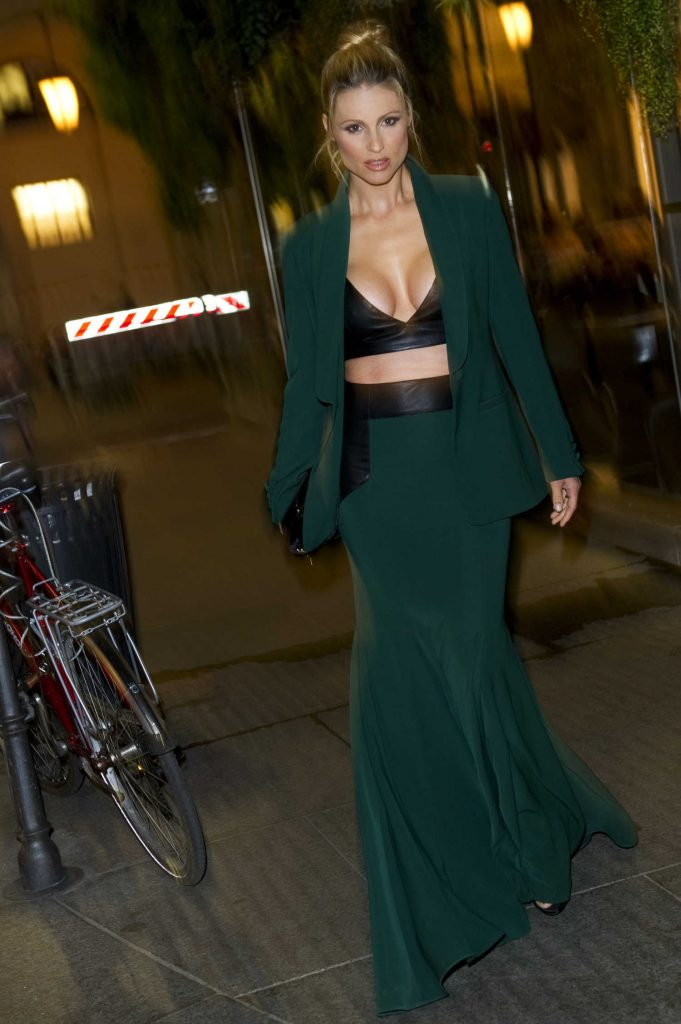 Michelle Hunziker Was Spotted Out in Milan-3