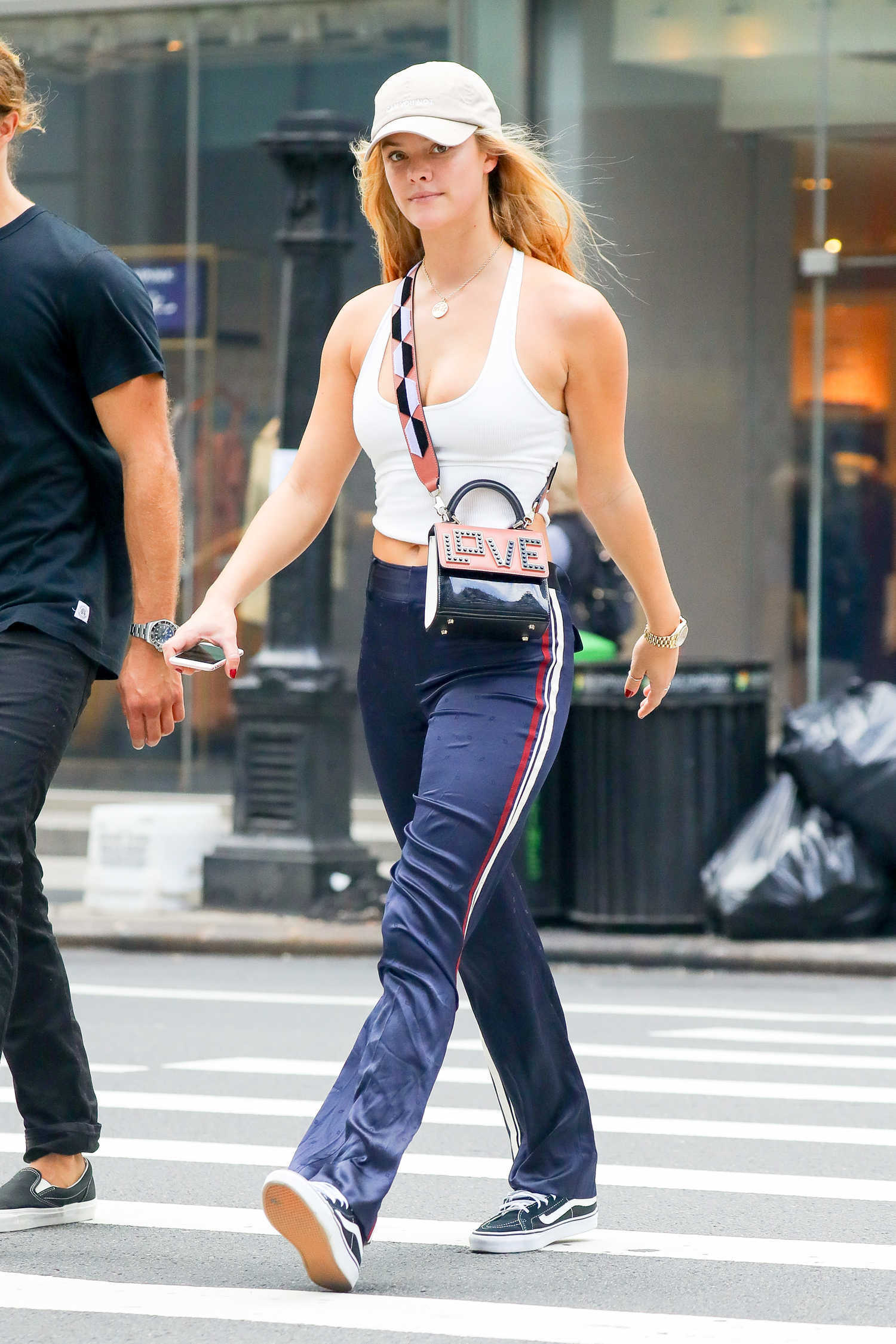 Nina Agdal Walkes With Her Boyfriend in New York City ...