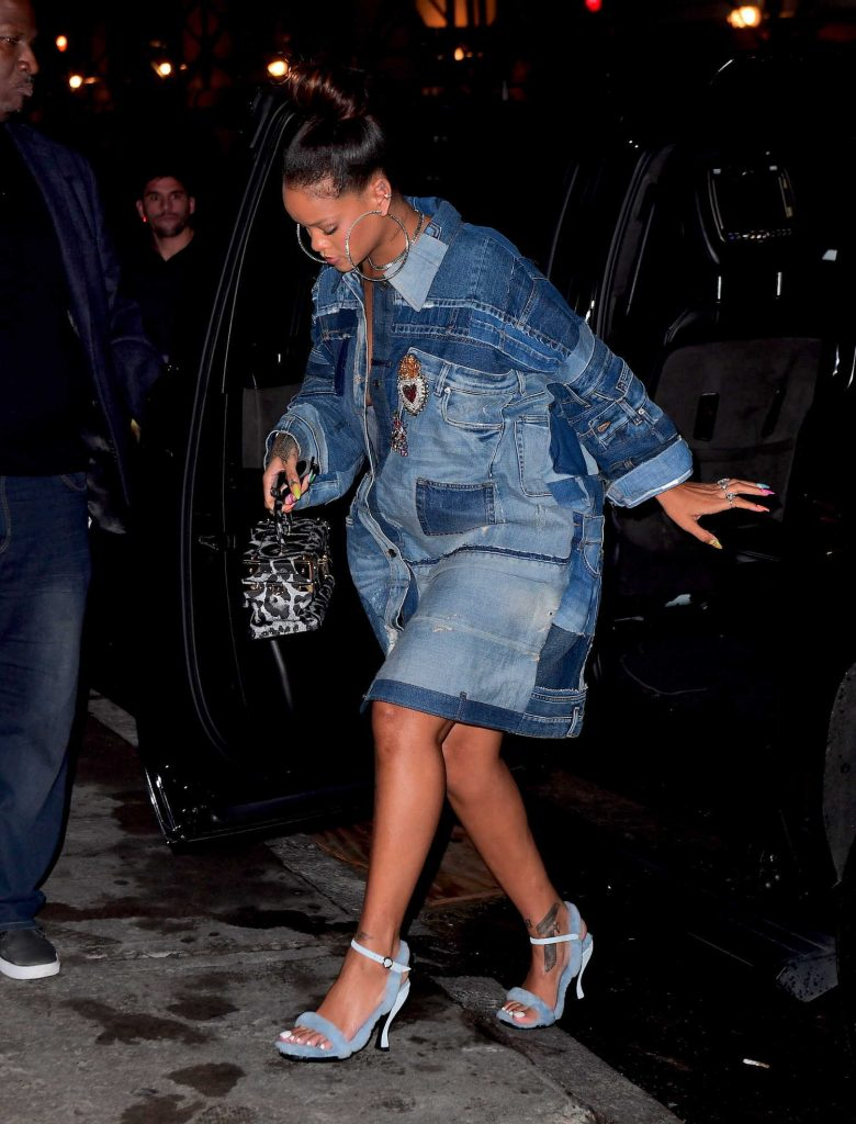 Rihanna Arrives at Her Diamond Ball Charity Event in New York-3